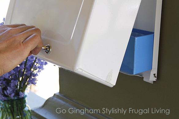 Go Gingham mailbox