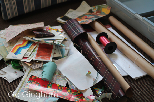 Gift wrap mess Go Gingham