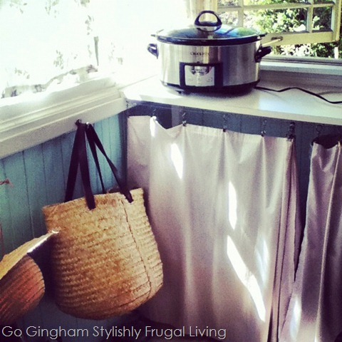 Slow-cooker on side porch