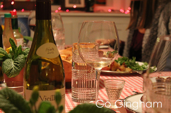 Entertaining Dinner Group from Go Gingham